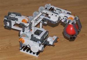 LEGO Mindstorms NXT Robot Arm Designs
