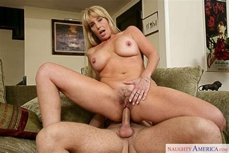 Sexy Milf Olivia Parrish Loves Getting Fucked Hard Pichunter
