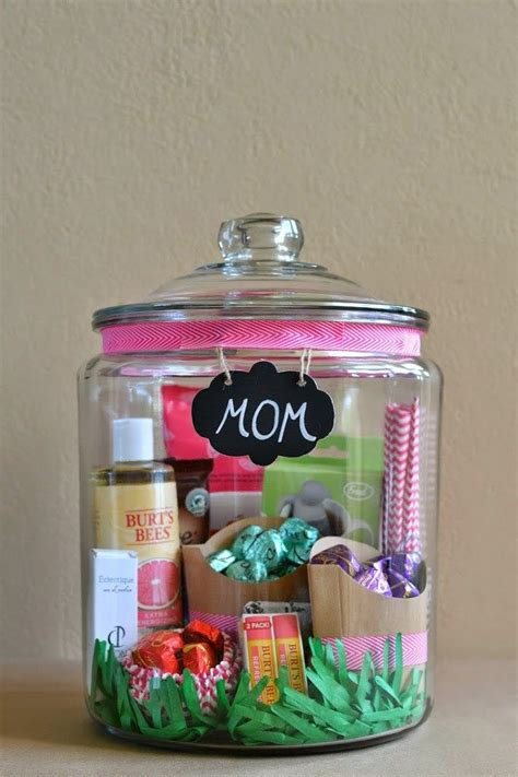 easy  thoughtful diy gifts     parents