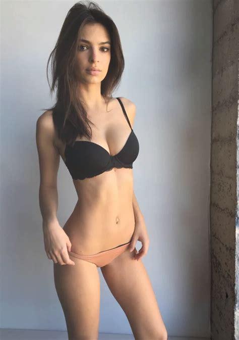 Emily Ratajkowski Sexy Photos Thefappening