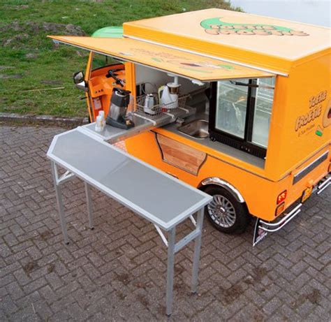 tuk tuk cuisine fully electric 3 wheel food truck is a modern