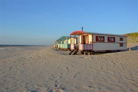 Häuser Urlaub by 4 Persoons Pipowagen Op Het Strand Strandpark Vlugtenburg