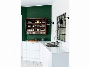 Pareti colorate 50 sfumature di creativita 39 for Parete cucina verde