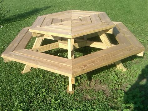 Outdoor Wooden Octagon Picnic Table With Swing Up Benches