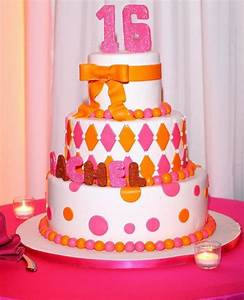 3 tier Sweet 16 round birthday cake with the pink number ...