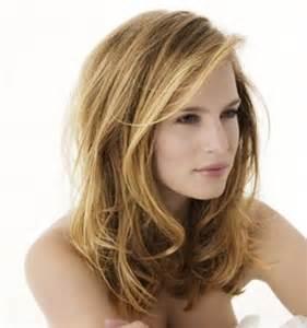 coupe de cheveux femmes coupe de cheveux dégradé debra doe