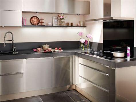 cuisine inox particulier le chef frédéric anton imagine une cuisine tout inox pour