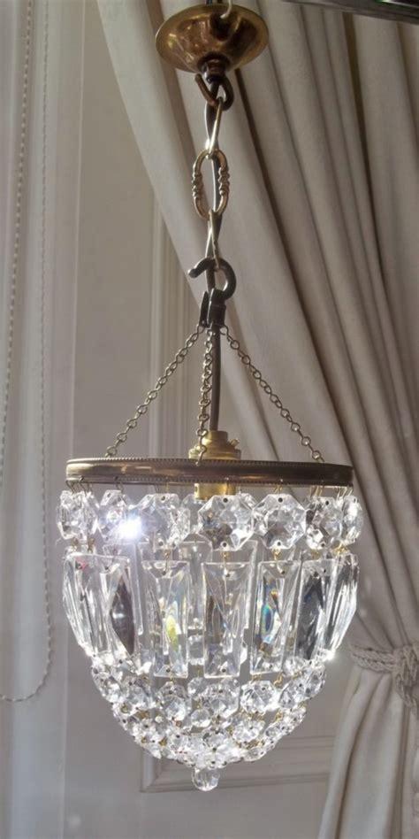 17 best ideas about lustre cristal on lustres de cristaux lustres en cristal and