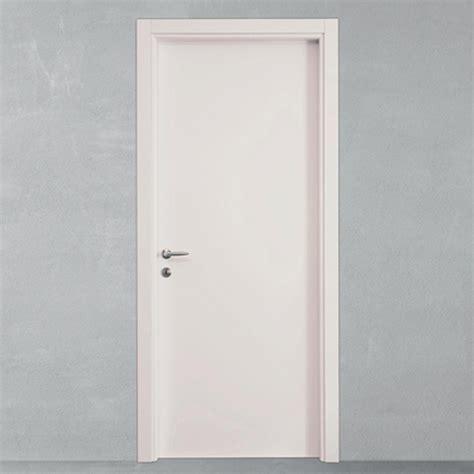 porta a battente porta a battente in legno laccata da calestani a parma