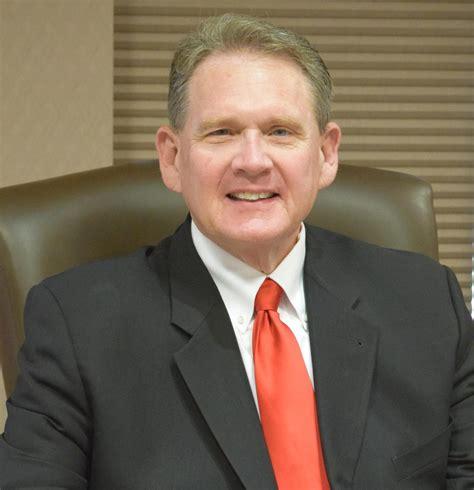 carver county commissioner randy maluchnik receives
