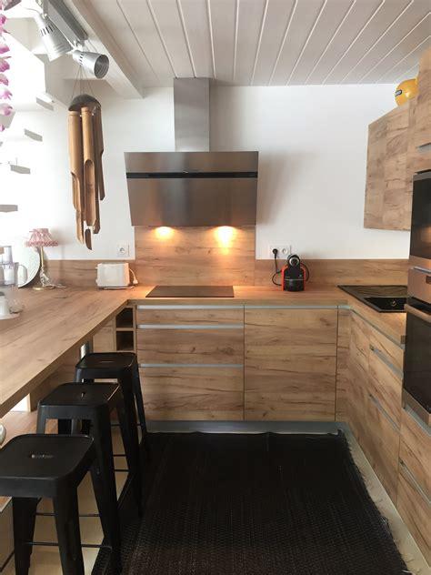fabricant de cuisine haut de gamme cuisine ésprit chalet déco cuisine