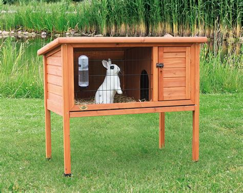 a rabbit hutch how to build a diy rabbit hutches in four easy steps