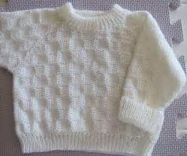 Raglan Baby Sweater Knitting Pattern