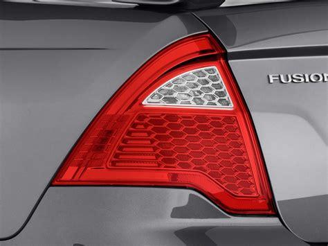 image 2010 ford fusion 4 door sedan se fwd light