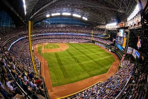 Miller Park Facts and Photos | Milwaukee Brewers Guide to ...