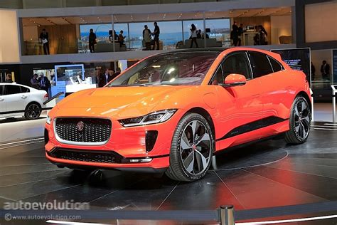 First 2019 Jaguar Ipace Handson Preview Essentially Says