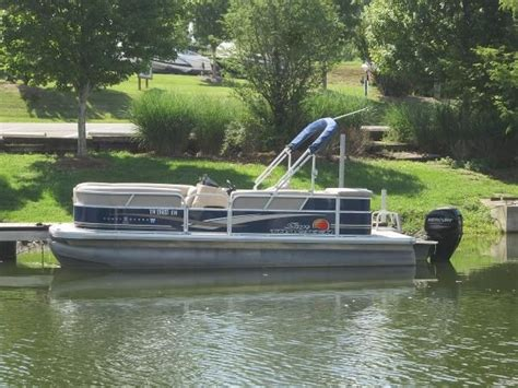Used Pontoon Boats For Sale Tn by Pontoon New And Used Boats For Sale In Tennessee