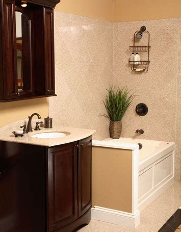 Ideas For Remodeling A Small Bathroom by Remodeling Ideas For A Small Bathroom 2017 Grasscloth