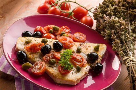 Come Cucinare Il Tonno Fresco Alla Siciliana Ricetta Pesce Spada Alla Siciliana In Padella Con