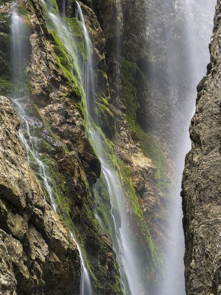 """Die höllentalklamm ist extrem beeindruckend. """"Hoellentalklamm gorge near Garmisch-Partenkirchen,Germany ..."""
