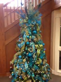 tree topper to the