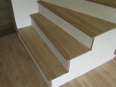 habillage escalier bois massif mzaol