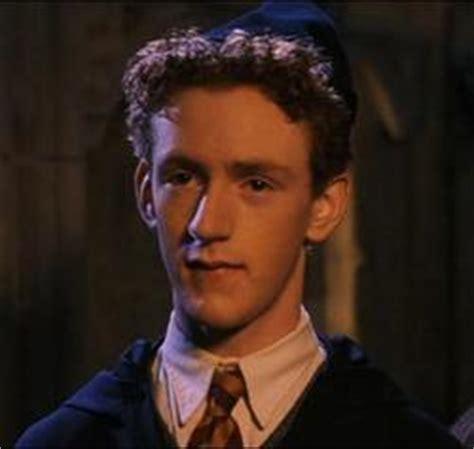 chris rankin cameo weasleyovi harry potter