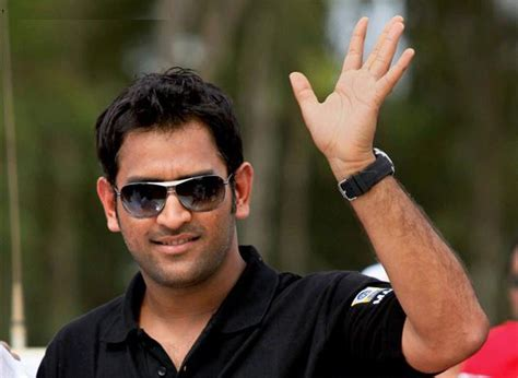 MS Dhoni Free hd Wallpaper