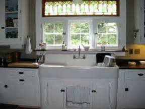 Vintage Farmhouse Kitchen Sink