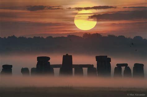 Plano De Fundo Nascer Do Sol Durante O Solstício Sobre Stonehenge