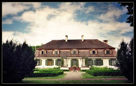 polish manor house  photo  lubelskie east trekearth