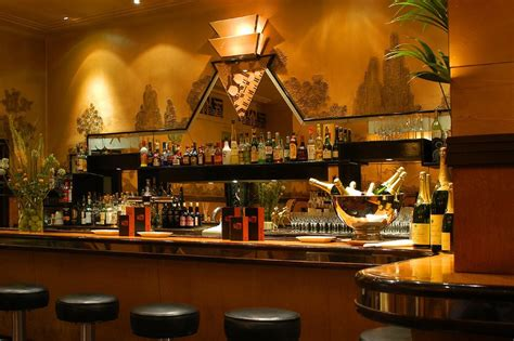 Oyster Bar Outstanding Interior Decor by The Oyster Bar Rogano Merchant City Glasgow