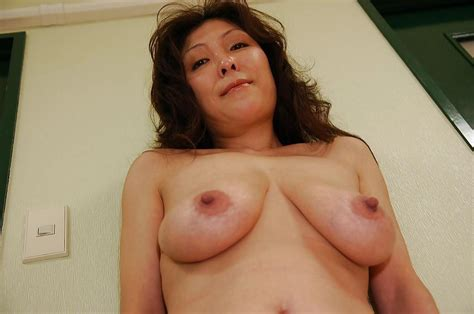 Busty Asian Milf Masako Suzuki Getting Naked And Spreading