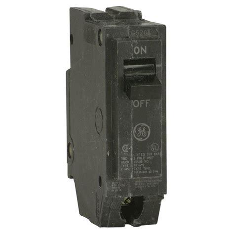 pole breaker ge q line 30 amp 1 in single pole circuit breaker thql1130 the home depot