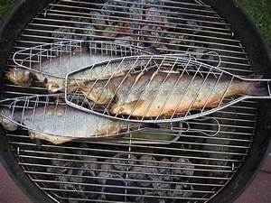 Grillen Fleisch Pro Person : rezept saibling vom grill ~ Buech-reservation.com Haus und Dekorationen