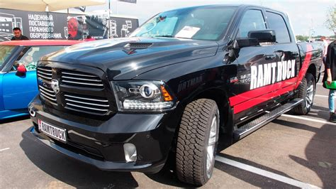 dodge ram 5 7 hemi 2014 dodge ram 1500 5 7 hemi v8 exterior and interior