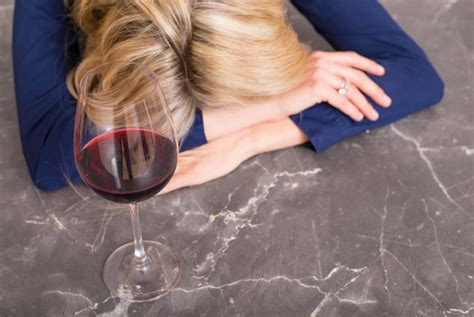 headaches at before bed getting to the bottom of headaches blamed on wine the