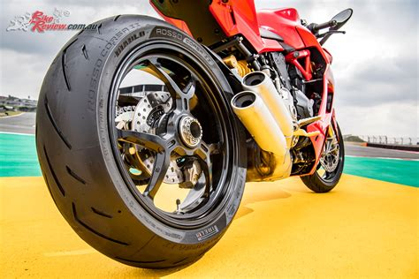 pirelli rosso corsa 2 tyre test pirelli diablo rosso corsa ii world launch bike review