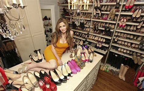 wall street mogul suing  wife   shoe collection