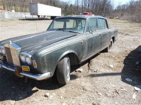 Rolls-royce. 1968 Salvage Vehicle. Abandoned In Warehouse