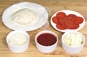 pepperoni pizza ingredients