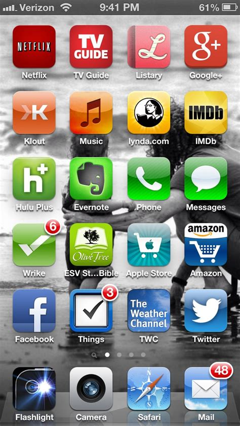 to organize iphone apps my method for organizing my iphone icons fatwalr us