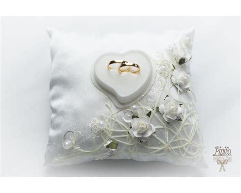 wedding ring pillow cushion engagement ring holder