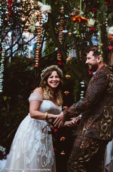 amazing celebrity wedding dresses   weddingsonline