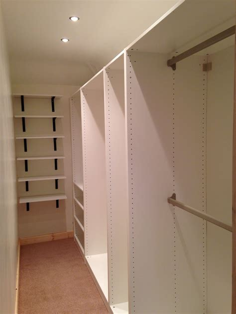 Walk In Wardrobe Design by Small Walk In Wardrobe Oh The Possibilities