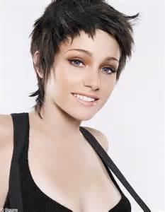 coupe cheveux courte court déstructuré coupes courtes