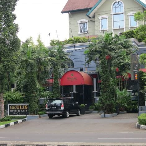 Ferry Outlet Bandung by Bandung Outbound Adventure Bamboo Visit 3 5 Pax