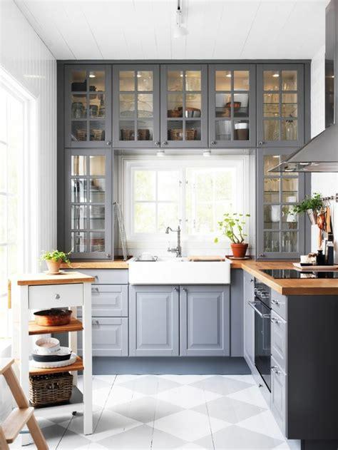 quelle couleur pour une cuisine rustique cuisine rustique grise lot central rustique dans la