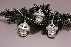 Weihnachtskugeln Aus Lauscha : 3 pilze eis wei mit gr n christbaumkugeln ~ Orissabook.com Haus und Dekorationen