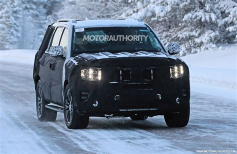 kia borrego spy shots